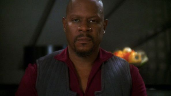 Sisko in the Pale Moonlight