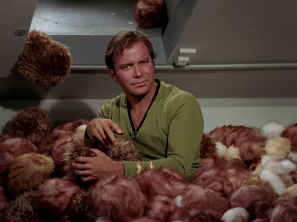 kirk-in-trouble-with-the-tribbles